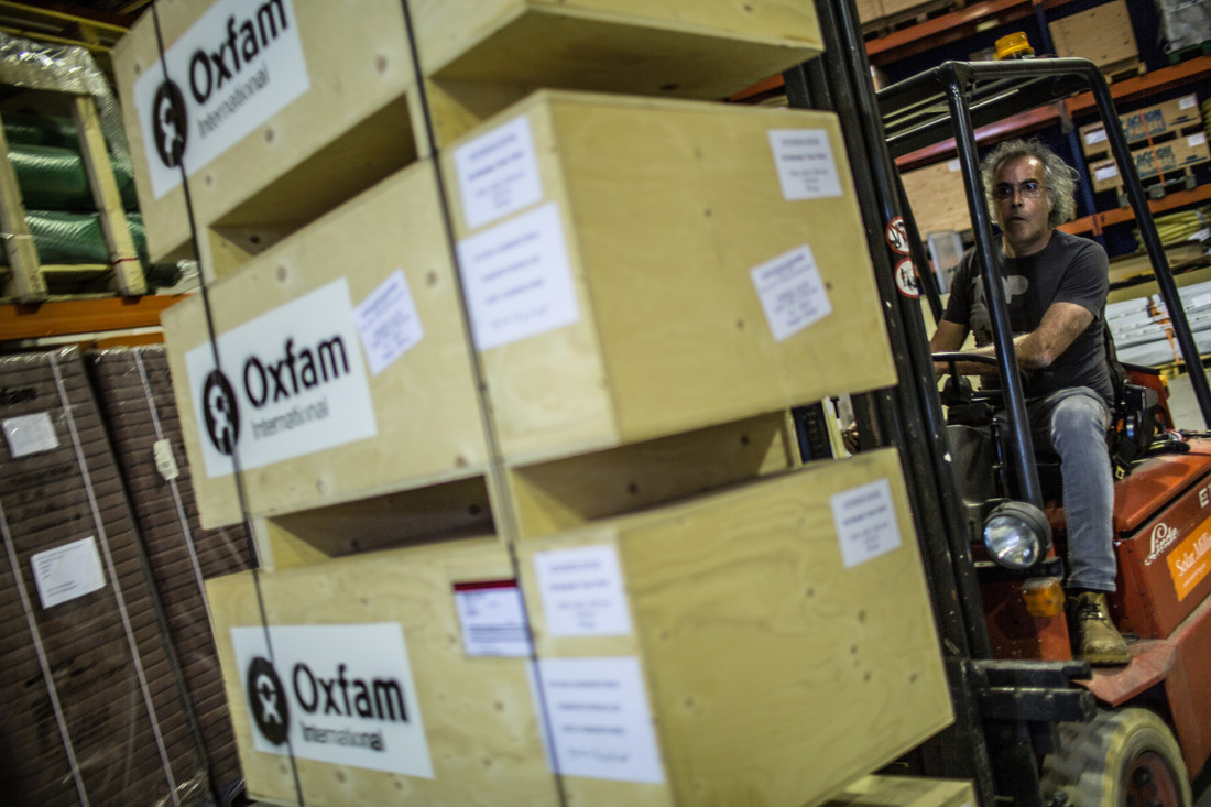 Oxfam warehouse in Madrid, with material for Nepal earthquake response. Photo: Pablo Tosco/Oxfam