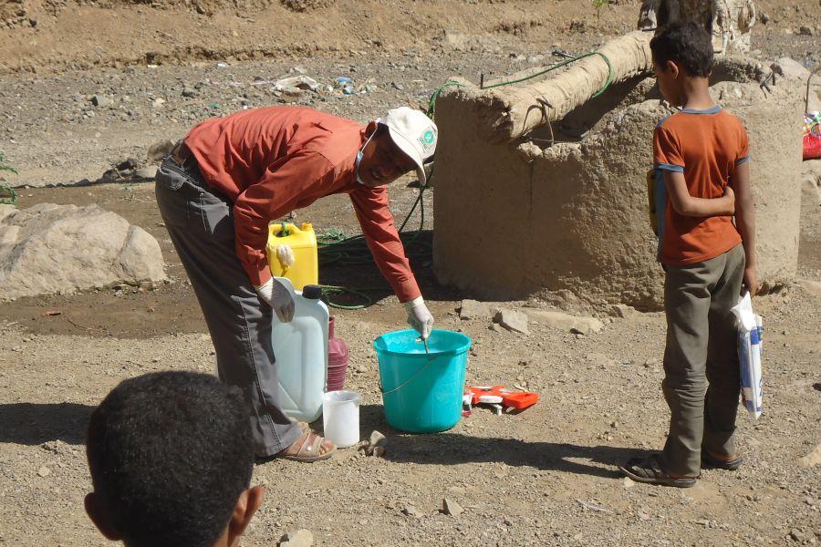 ogb_106439_yemen_cholera_work_900x600.jpg
