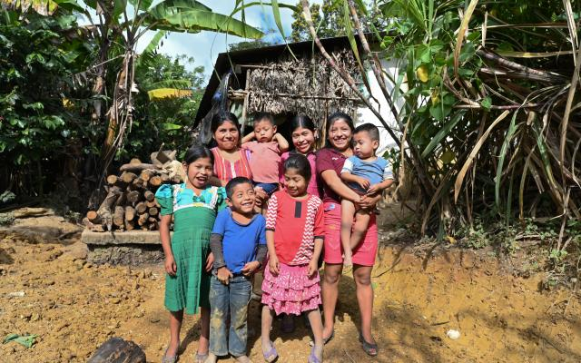 In the community of Naranjo, in Guatemala's Dry Corridor, climate change is now separating families. Photo credit: Valerie Caamaño / Oxfam