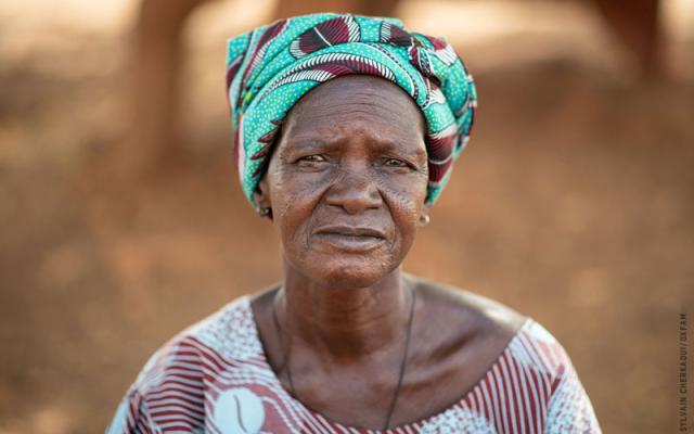 Victorine Sawadogo, displaced person, Burkina Faso. Photo: Sylvain Cherkaoui/Oxfam, Dec 2019