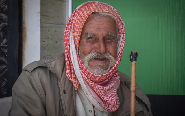 Munzer*, 71, is a farmer. He and 800 other families benefit from Oxfam's cash assistance program in rural Aleppo, Syria.