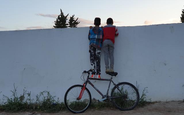 En Tunisie, l'école publique s'est beaucoup dégradée et ne semble plus jouer son rôle d'ascenseur social.