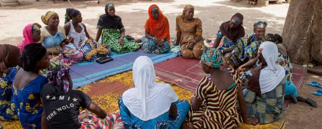 These young women aged between 14 and 23 are not in school and therefore very vulnerable to child marriage. This group discuss gender issues, sexual and reproductive health, give each other support and have developed economic activities together. Credit: Laeïla Adjovi/Oxfam Novib