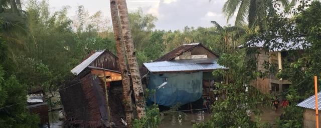 Pinabacdao, Samar, Philippines 26 December 2019: Typhoon Phanfone has left devastation in its wake. Photo credit: Jhie Durana/Oxfam