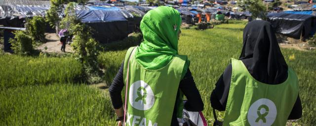 Oxfam volunteers in Teknaf, Cox's Bazar, Bangladesh.