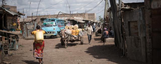 Dating rich man in Kenia Tips voor dating een korte man