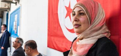 Participación pública y política de las mujeres en Túnez. Samia Khadhraoui, trabajando en UGTT. Crédito: Ons Abid / Oxfam Novib