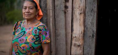 Rosa Gutiérrez de la comunidad de la Santísima Trinidad, parte del territorio indígena de Monteverde. Crédito: Evan Abramson / Oxfam America