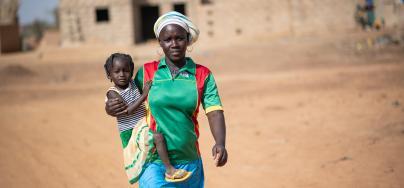 « Nous avons besoin de tout, d'eau, de nourriture, d'abris. » explique Mariam.