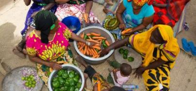 L'initiative des Héroïnes de l'alimentation est un prix annuel récompensant des agricultrices qui offrent un formidable exemple de ce que des millions de femmes à travers le monde font pour assurer la sécurité alimentaire. Photo : Coco McCabe/Oxfam