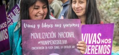 Jóvenes bolivianos en manifestación del 25 de noviembre en contra de la violencia contra mujeres y niñas en La Paz, Bolivia. Foto: Yamil Antonio/Oxfam