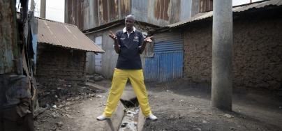 volunteer_azulu_adeba_kenya.jpg